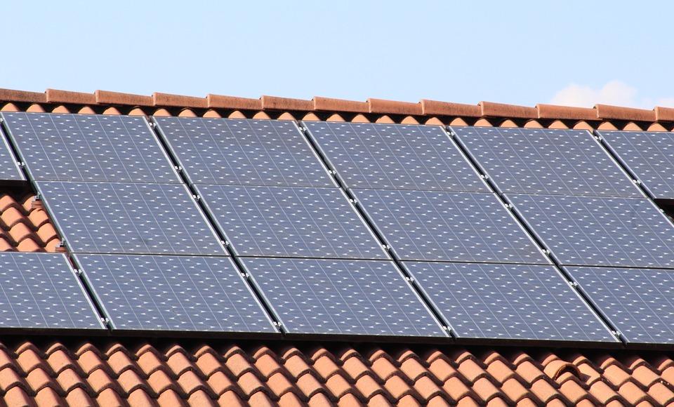 Szükséges-e mosni a napelemeket?